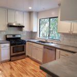 Bright and stylish kitchen